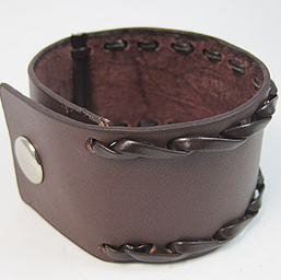 客製化皮革雕刻